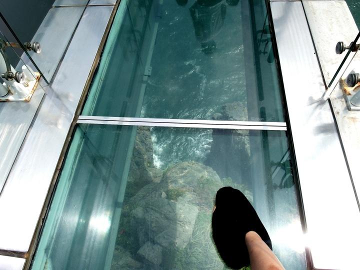 Busan-五六岛-玻璃步道